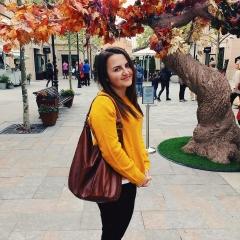 Foto de Estera F., Canguros y niñeras baratos en Girona